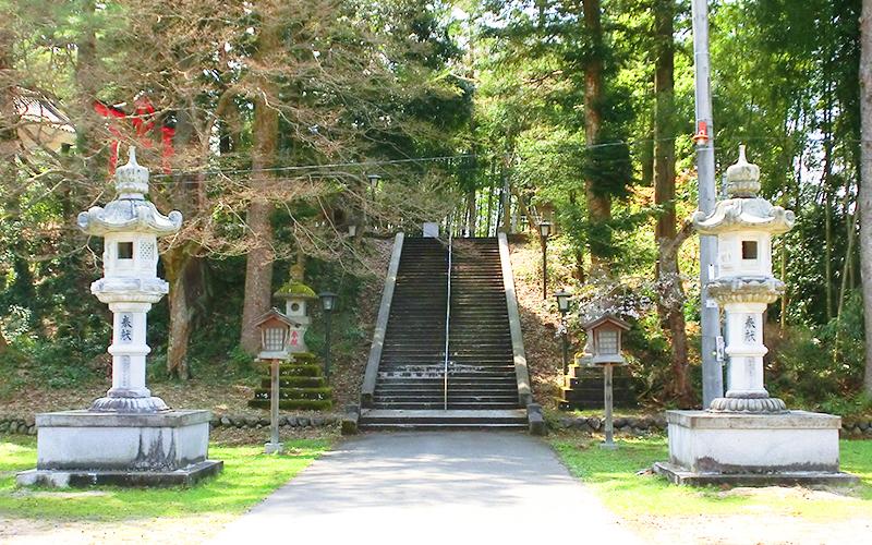 日枝神社 表階段 春日大灯籠